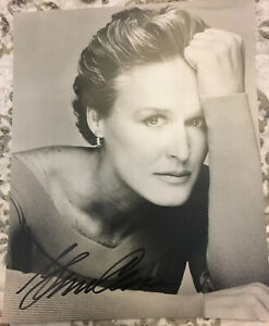 GLENN CLOSE Hand Signed Autographed 8 X 10 PHOTO W/COA