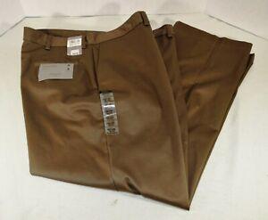 Hagger Men's Brown Classic Fit Size 42 x 30 Flat Front No Iron Khaki Pant NEW