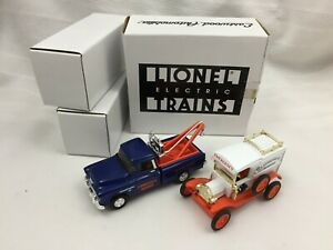 ERTL B518 EASTWOOD AUTOMOBILIA-LIONELVILLE TOW TRUCK & HOSPITAL CAR-NEW IN BOX