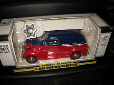 1/24 LIBERTY CLASSIC 1937 CHEVY SEDAN DELIVERY LAW ENFORCEMENT CLEVELAND POLICE
