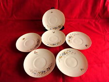6 sous tasses en porcelaine