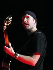 U2 UNSIGNED photo - K8157 - The Edge