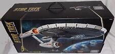MEGA BLOKS Star Trek U.S.S. ENTERPRISE NCC-1701 The Original Series Spock Kirk