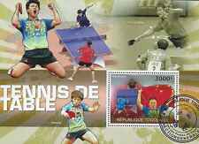 Timbre Sports Tennis de table Togo BF414 o année 2010 lot 19902 - cote : 17 €