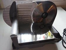 AFFETTATRICE DOMESTICA LAMA Diametro 19cm. Spess. taglio 0/12 mm. Corsa 21 cm.
