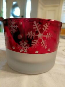 Yankee Candle Flickering Mercury Snowflake Candle Holder RED SILVER Small NWOT