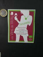 s45 Eiquette vin vierge Les vins de Vicky Beaujolais Nouveau shilouette sex girl