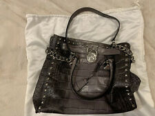 Michael Kors Women's hand Bag. Hardly Used and in Great Shape.