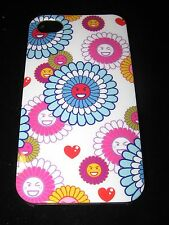 Daisies Hard Case for iPhone 4 4s Faces in Daisy Flowers  Smiling Winking Hearts