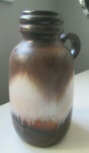 WEST GERMAN POTTERY VASE WITH HANDLE 413-20