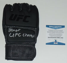 FORREST GRIFFIN SIGNED AUTO'D UFC OFFICIAL GLOVE BAS COA TUF 1 CHAMPION 86 76 53
