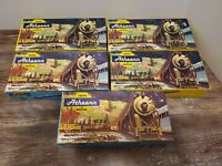 Athreans Miniature Trains lot of 5 cars vintage in great condition