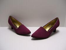 Peacocks Womens Shoes Sz 8.5 B US Ruby Slipons Heels Casual Dress Pumps Slipons