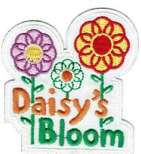Girl DAISY's BLOOM  FUN flower Daisies Patches Crests Badges SCOUTS GUIDE petals