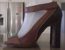 NEW Tan,Brown & Green Leather ROBERT ROBERT Ankle Strap Block Heel Pumps Size 39