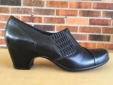 Clarks Artisan Sugar Maple 26102224 Black Slip On Pump Heel Size 8       X19(10)