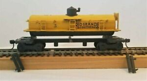 Vintage HO Maintenance of Way Car--Very Detailed & Complete
