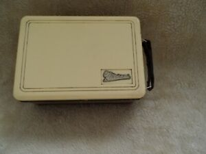 1940's Marconiphone Personal Receiver radio  Model P20B (UNTESTED)