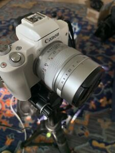 Mitakon Zhongyi Speedmaster 35mm f/0.95 Mark II Lens f/Canon EOS-M - Silver