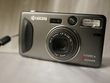 Yashica T4 Zoom Appareil photo compact