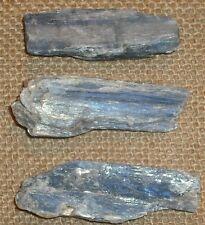 Cianita cristal azul Irregular natural Hoja 20-30 mm x 20