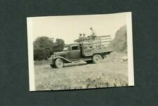 Vintage Photo 1929 Chevrolet 1930 Chevy Truck w/ Farm Workers 392197