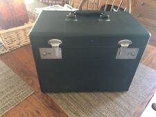 Singer 221K White Featherweight Portable Sewing Machine w/ Case & Accessories