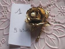 broche Boucher en métal doré N°1