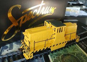 BACHMANN SPECTRUM HO LOCOMOTIVE GE 44 Ton Diesel JAUNE  NEUVE 80035