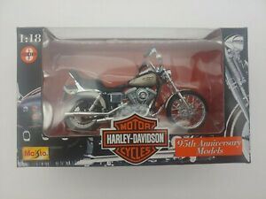 MAISTO Harley-Davidson 95th Anniversary 1:18 Dyna Wide Glide FXDWG Motorcycle
