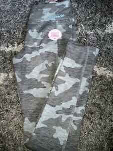 Girls justice full length fleece lined legging size 8 new camo