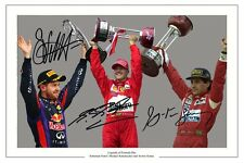 F1 legende Montage SCHUMACHER VETTEL AYRTON SENNA AUTOGRAPH SIGNED FOTO STAMPA