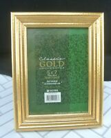 "Vintage 5""X 7"" Gold Color Wood Picture Frame with Easel"