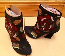 Irregular Choice Bottes. Theodore, taille 4/37 Brand New in Box. £ 175