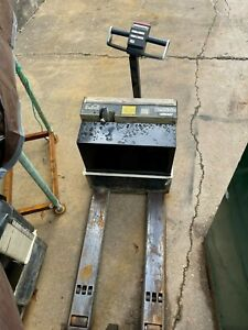 Crown WP 3035-45 4500lb Electric Pallet Jack Ready To Go To Work
