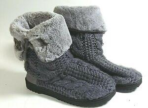 Dearfoam Women's Indoor Outdoor Slippers Size 5/6 Gray Faux Fur Rubber Outsole