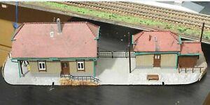 FALLER/ JOUEF maquette gare  HO  TBE
