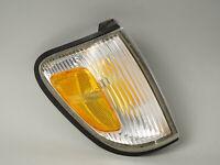 1997 - 2000 TOYOTA TACOMA CORNER PARK TURN LIGHT LAMP PASSENGER SIDE RIGHT OEM