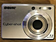 Sony CyberShot DSC-S730 7.2MP Digital Camera Silver 2GB Memory Card USB Cable