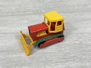 Matchbox Series No.16 CASE TRACTOR Red/Yellow Made In England