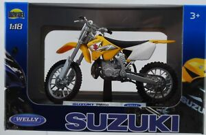 WELLY SUZUKI RM250 1:18 DIE CAST MODEL NEW LICENSED MOTORCYCLE