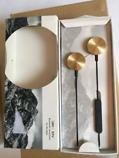 i-am-BUTTONS-Wireless-Bluetooth-Headset-for-Smartphones-Gold