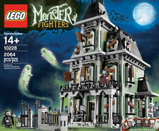 LEGO - HAUNTED HOUSE SET 10228 - MONSTER FIGHTERS WITH ZOMBIE/GHOST/VAMPIRE