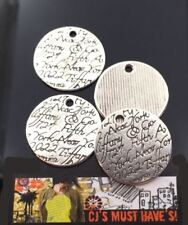✤ 4  NEW TIBETAN SILVER SCROLL FIFTH AVE NEW YORK SCRIPT DISK PENDANT CHARMS ✤