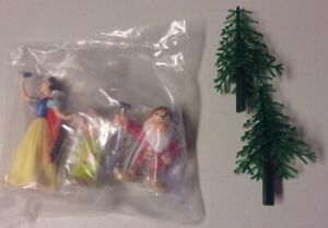 Vintage Snow White, Grumpy & Dopey PVC Figures +Trees Cake Topper by DecoPac NEW