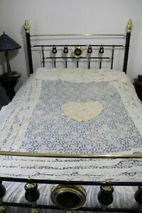 Gorgeous vintage delicate lace double bedspread throw set love heart pillowcases