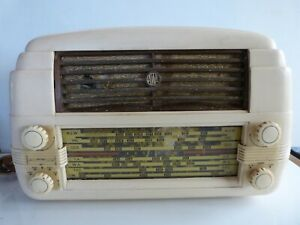 1950 Radiola Champion 5 528MA Radio
