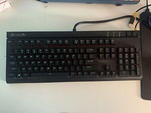 Corsair Strafe Mechanical Gaming Keyboard (Cherry MX Blue)