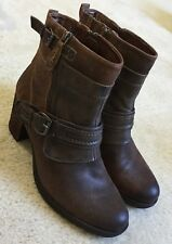 Women's Earth Montana Sandstone Leather Ankle Booties Boots  8.5 M  $179  New
