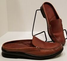 Women's Bass Marny Brown Leather Mules 8M